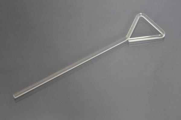 Шпатель Дригальского,стеклянный треугольной формы
